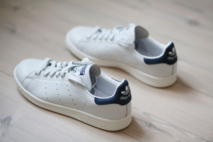 HW5A7421-adidas-stan-smith-navy-blue-sneakers